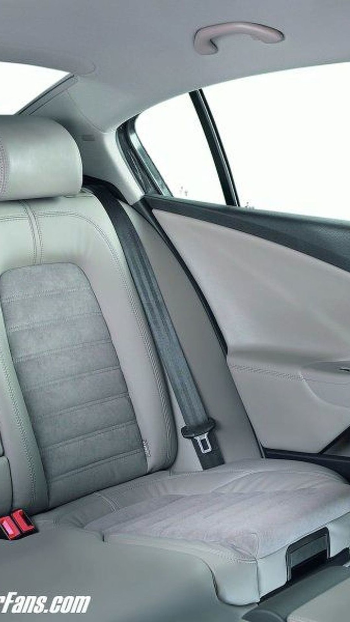 Integrated child seats in the new VW Passat