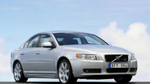 2007 Volvo S60 Saloon and XC90 Variant World Debuts
