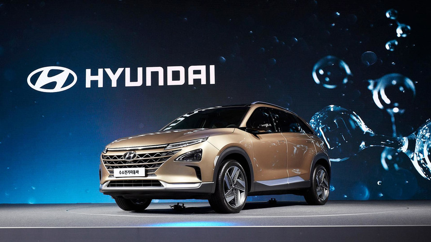 Hyundai Teases Unnamed Fuel Cell SUV