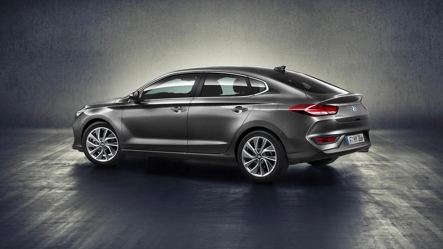 2018 Hyundai i30 Fastback Unveiled With Lower, Sleeker Body