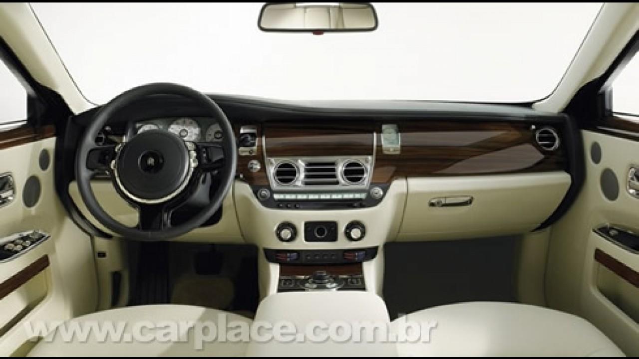 """Rolls Royce 200EX - Fotos do conceito da """"versão de entrada"""" vazam"""