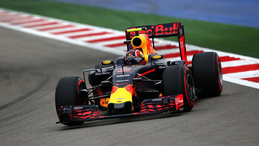 Verstappen critique Räikkönen et Vettel -