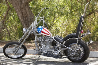 Peter Fonda's 'Easy Rider' Bike Could Hit $1 Million at Auction