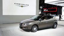 Chrysler badged Lancia Delta live at 2010 Detroit Auto Show 11.01.2010