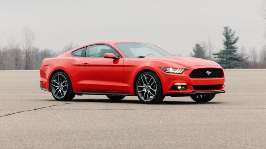 New leaked photos give us our best look at the 2015 Ford Mustang