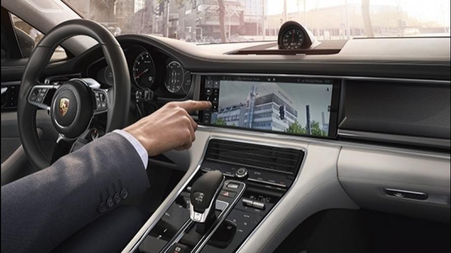 Nuova Porsche Panamera, l'infotainment si evolve [VIDEO]