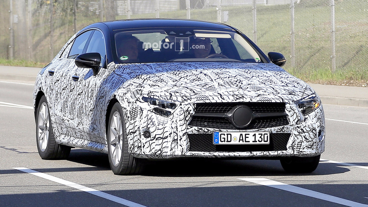 2018 mercedes cls camo striptease continues in 25 new spy. Black Bedroom Furniture Sets. Home Design Ideas