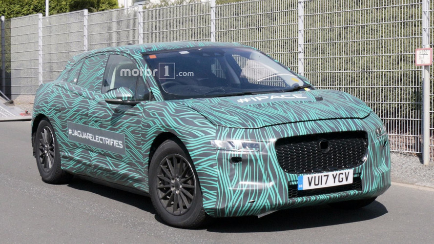 Spy Photographer Has A Tete-A-Tete With The 2018 Jaguar I-Pace