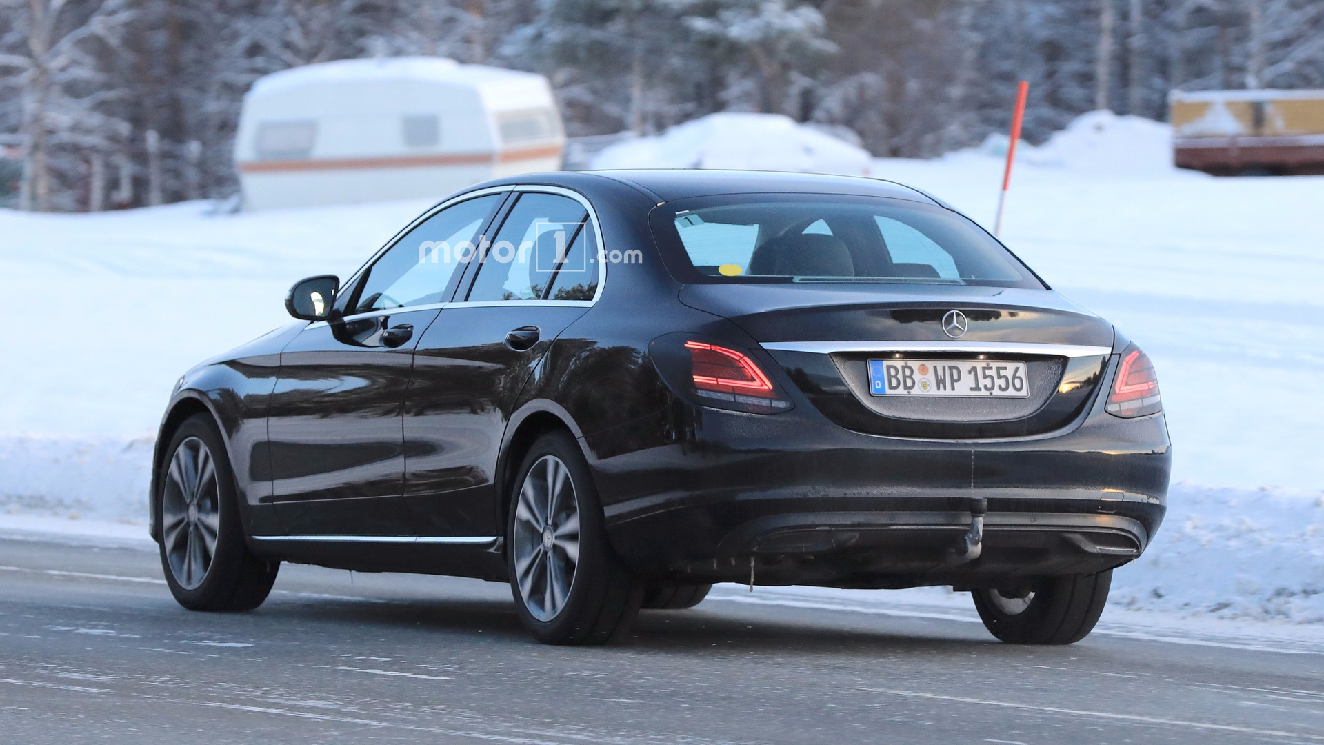 mercedes c class facelift caught flaunting its new taillights