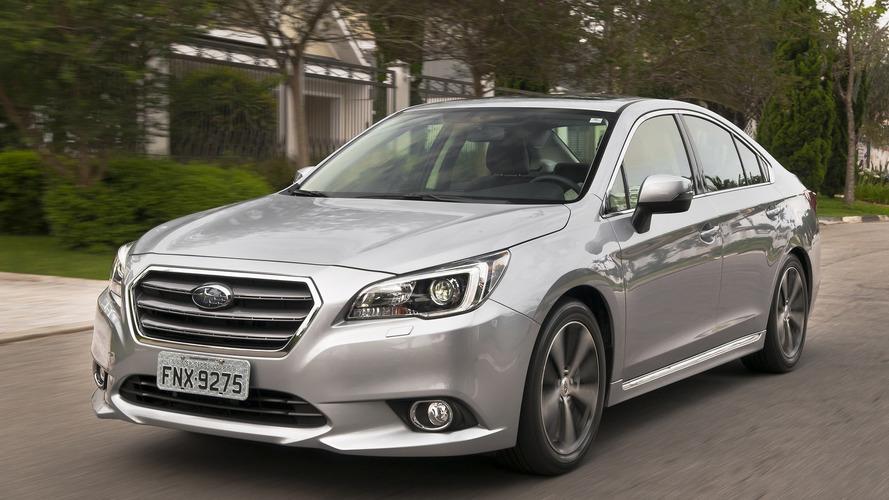 Subaru faz promoção para o Legacy... 2015