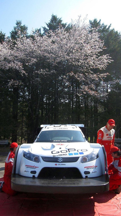 Monster Tajima wins Pikes Peak for sixth consecutive time - breaks 10 minute barrier [video]