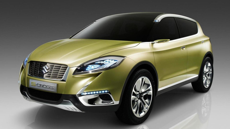 First images with Suzuki S-CROSS concept emerge