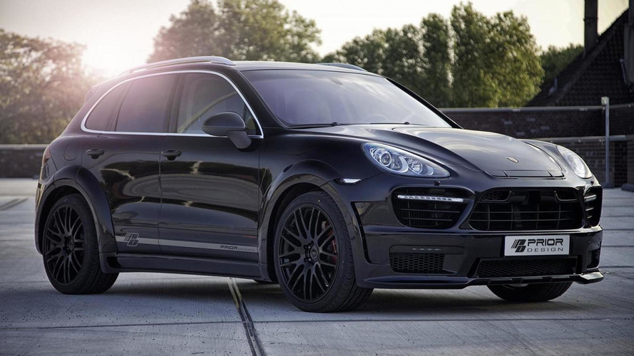 Second-gen Porsche Cayenne receives widebody kit from Prior Design