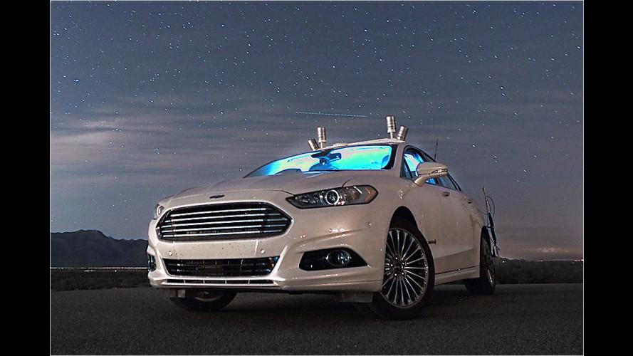 Autonom fahrendes Auto findet durch komplette Finsternis