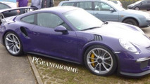 Porsche 911 GT3 RS shows its violet body in live pics