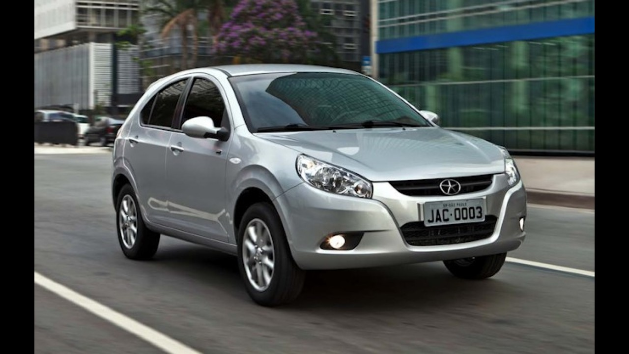 JAC Motors anuncia novos preços de revisão para o J3 com aumento de até 97%