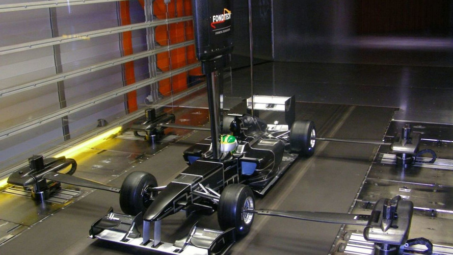 Lotus aims for driver announcement next week
