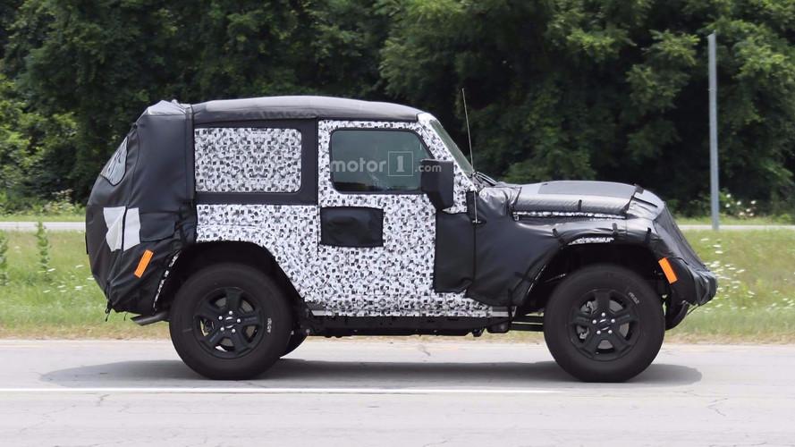 2018 Jeep Wrangler Two-Door Spy Photos