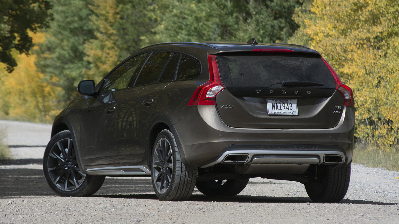 Image Result For Volvo V Cross Country Redesign Price And Review